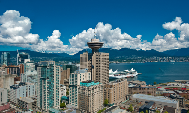 Vancouver Lookout offers a spectacular 360° view of Metro Vancouver.
