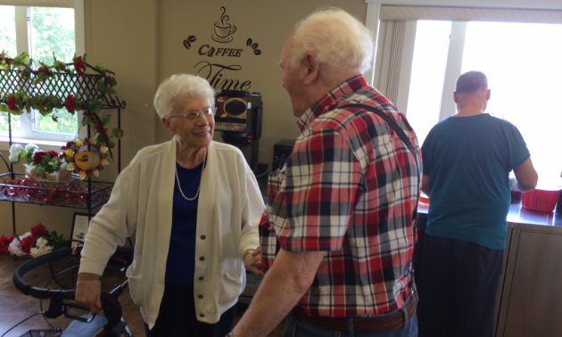 Jacob met up with childhood classmate Elizabeth Coop when he returned to Tofield, Alberta. They hadn't seen each other in 75 years.