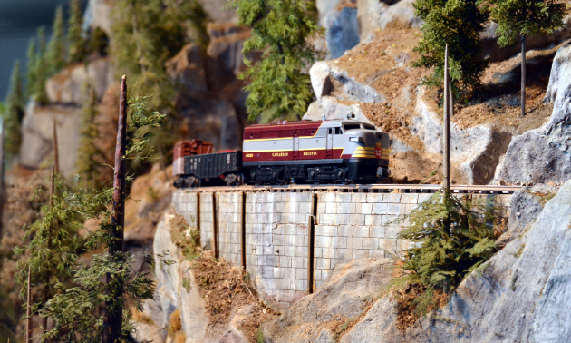 A giant display of the Kootenay landscape can be admired within the Cranbrook History Centre. Its lone occupant is a model train that winds throughout its curves and caves.