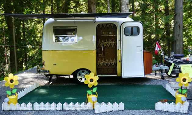 In 2011 Ian Giles purchased Buttercup, a classic yellow and white Boler.