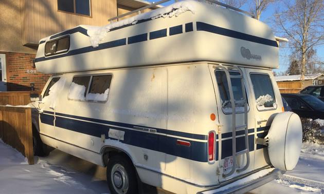 Vintage RV: 1990's Okanagan Camper Van | RVwest