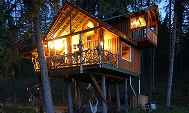 """Outa-the-Woods"" is a totally unique eco-friendly vacation retreat in the East Kootenays."