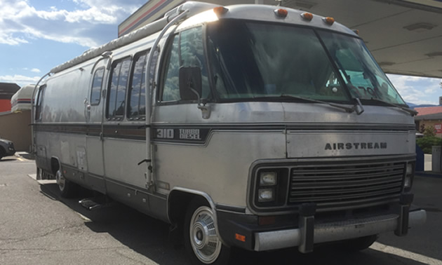 Another front view of the Airstream motorhome.