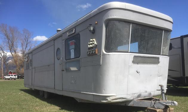 A Spartan Mansion trailer.