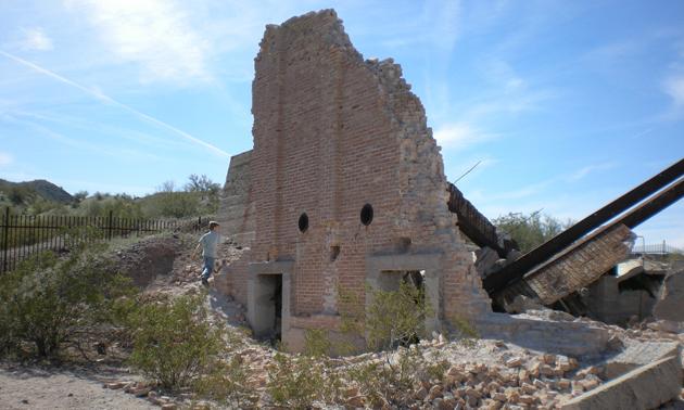 crumbling buildings at swansea ghost town in brenda arizona