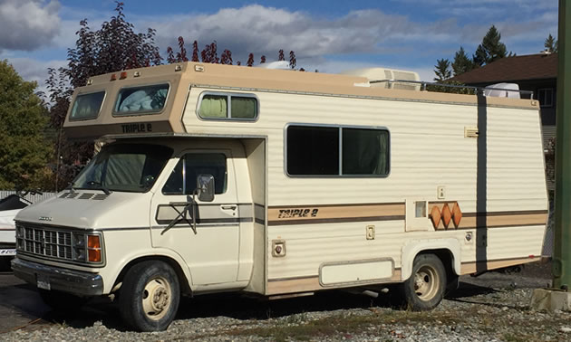 Picture of Triple E RV motorhome.