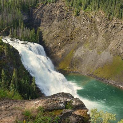 Kinuseo Falls is the main highlight of a trip to Tumbler Ridge