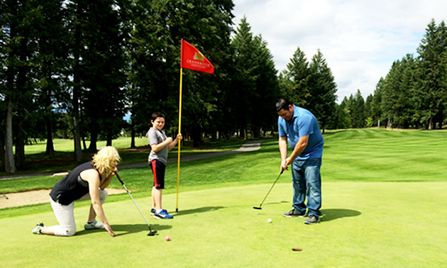 Eric Buckley, Will Buckley and Nicole Lind at Cranbrook Golf Club