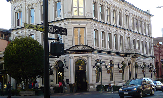 The Bard and Banker in Victoria, BC.