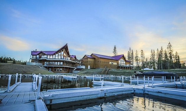 The marina at Candle Lake Golf Resort in Saskatchewan is one of the many amenities for RVers during their stay.