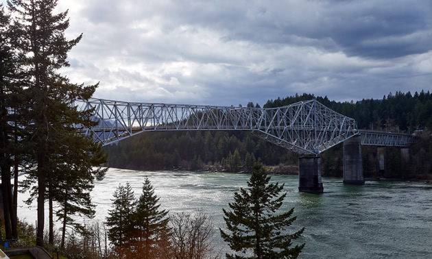 Bridge of the Gods is a fascinating cantilever bridge between Oregon and Washington states.