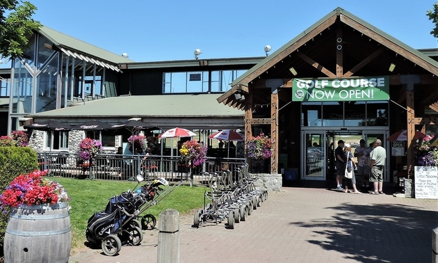 outside of the course pro shop
