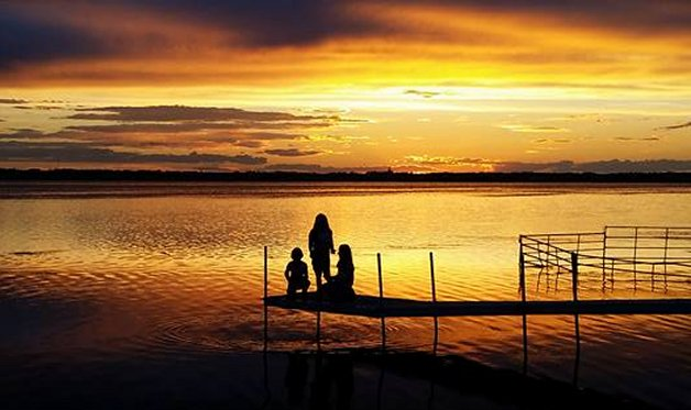 Beautiful sunset at Eagle Lake RV Resort.