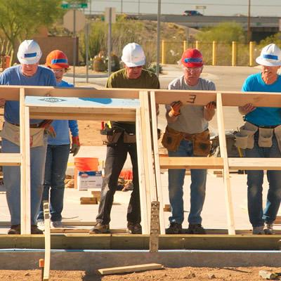 Volunteers building home.