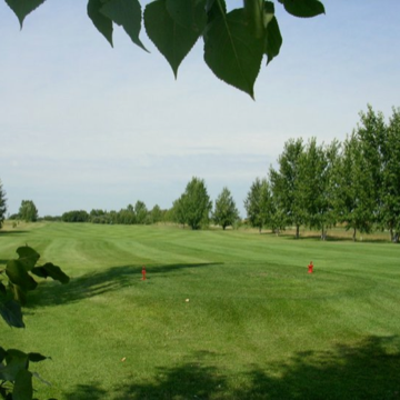 The Melville Golf & Country Club is shown with sunny skies and trees in the background.