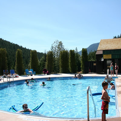 Nakusp Hot Springs has the cleanest, clearest soaking mineral pools, with 200,000 litres of fresh, filtered water entering each pool every day.