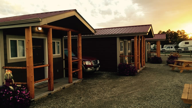 Picture of park model cabins at the Prairie Junction RV Resort.