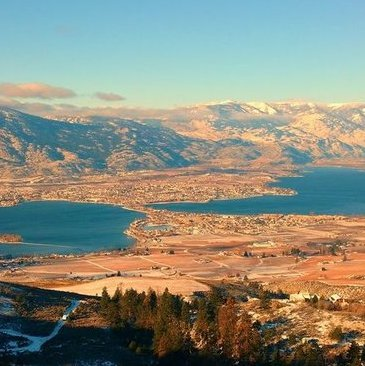 This is the spectacular viewpoint over Osoyoos.