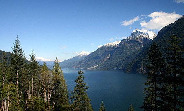 Harrison Lake beckons RVers to come enjoy the view.