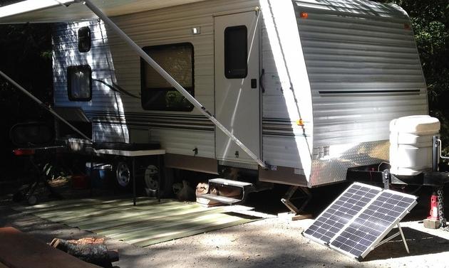 Portable solar kit for RVing