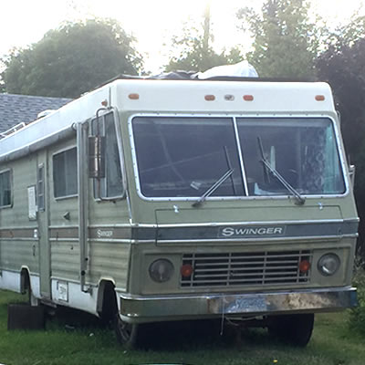 Picture of the Dodge Swinger motorhome.
