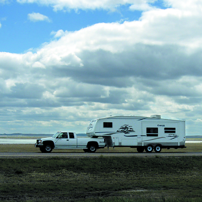 Did you know there are different towing regulations depending on which province or state you are driving through?