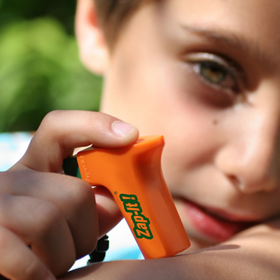 Kid using ZapIt